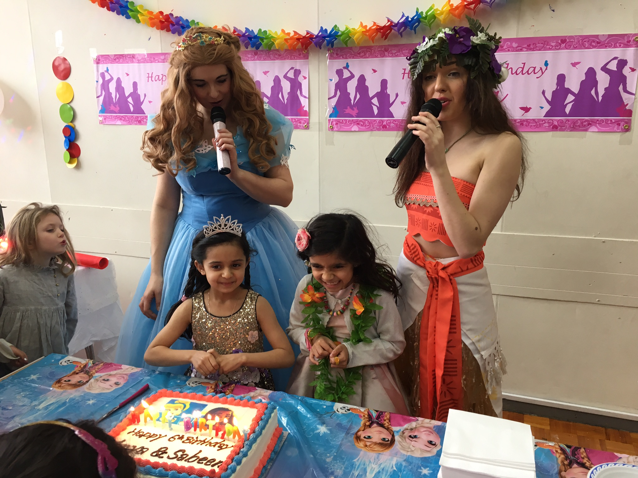 Moana Themed Party Amazing Parties For Boys And Girls - Childrens birthday party etiquette uk