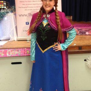 Princess Anna Entertainer Hucknall