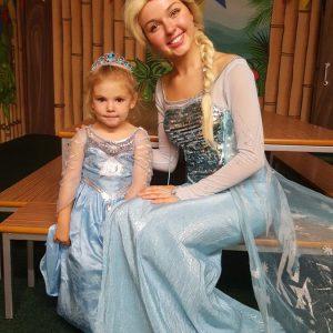 Queen Elsa | Character Hire | Mansfield