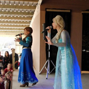 The Singing Princesses at Twinlakes Theme Park