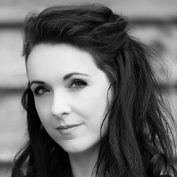 Katie Richmond Ward | Actor | Children's Entertainer | Mansfield