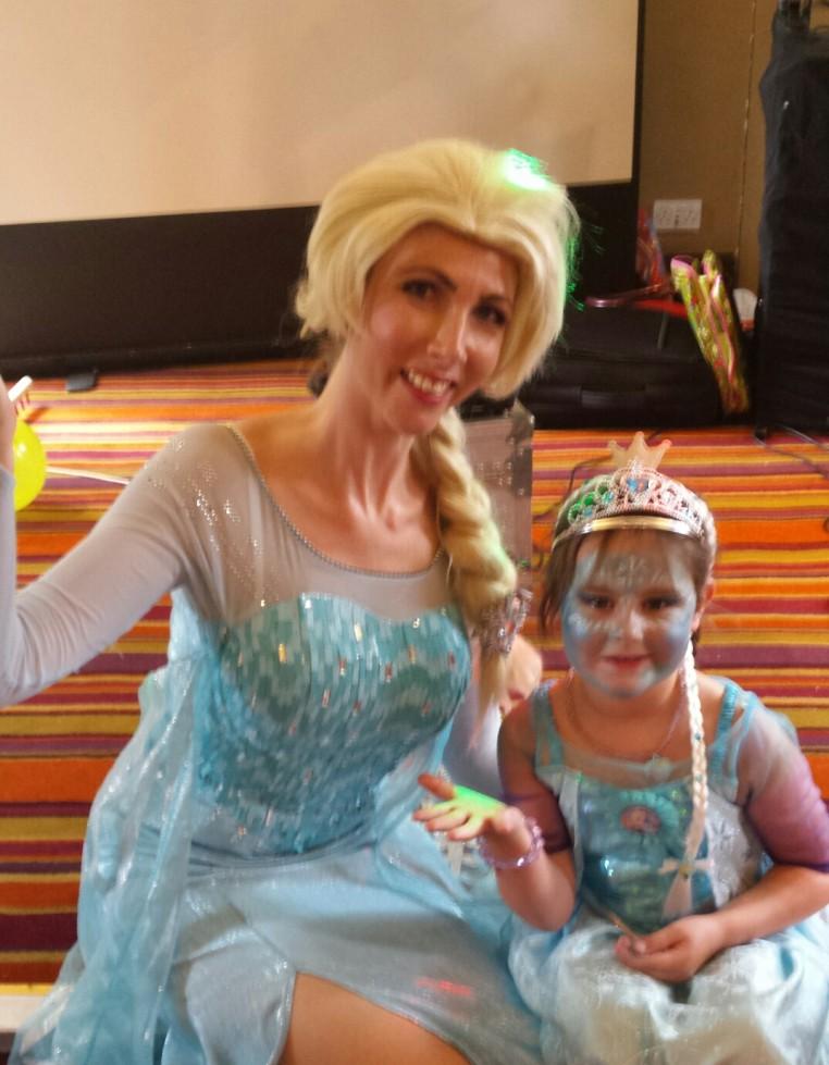 Queen Elsa Frozen Mascot Appearance